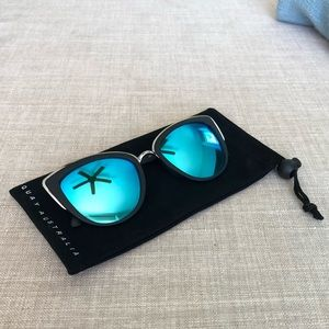 "Quay Australia ""My Girl"" Mirrored Sunglasses 😎"